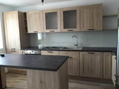 Referință - Bucătărie rustică Nobilia Cottage - Stejar Sanremo / Vintage copper