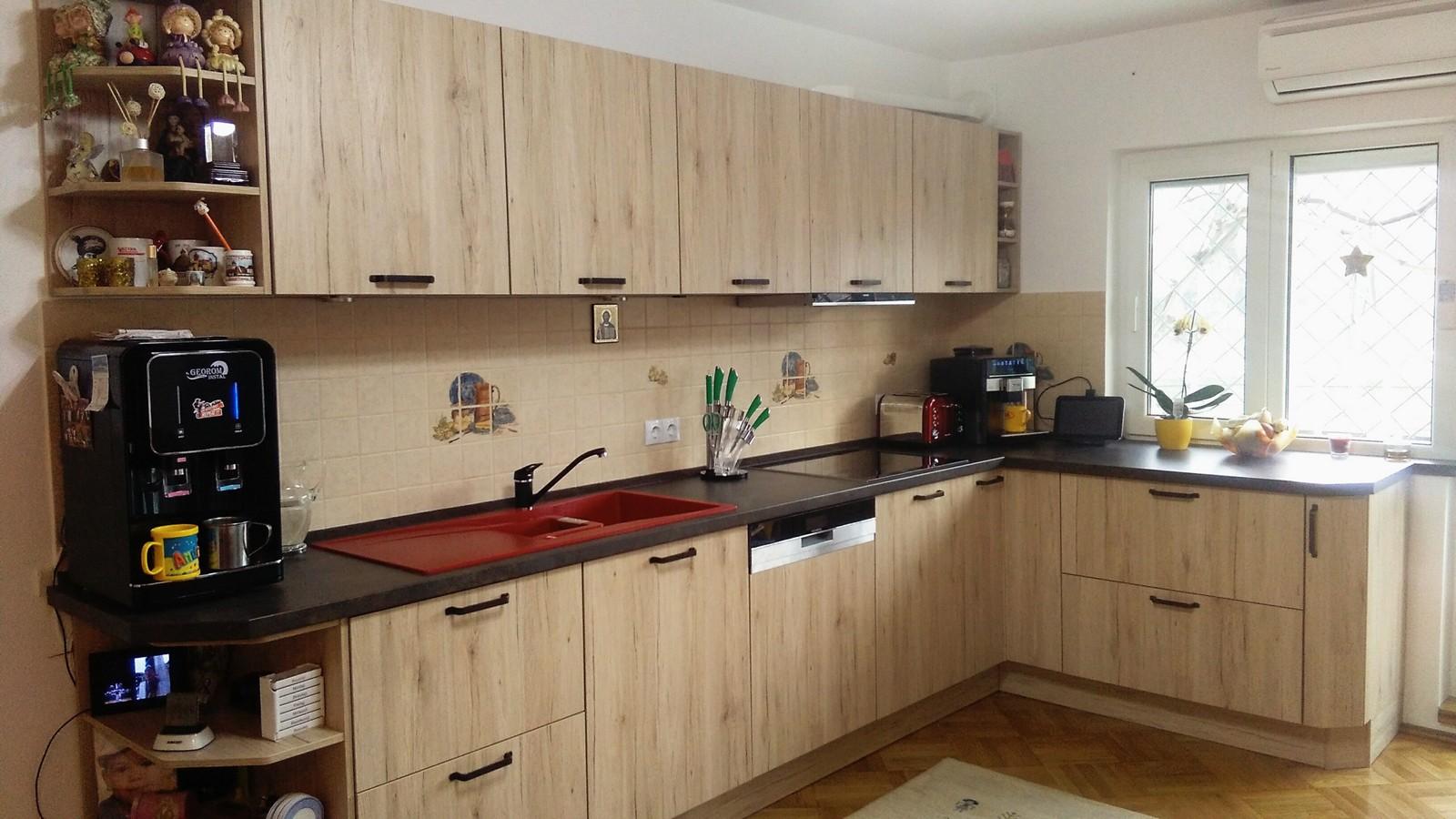 Referință - Bucătărie modernă Nobilia Riva - Stejar Sanremo / Vintage Copper