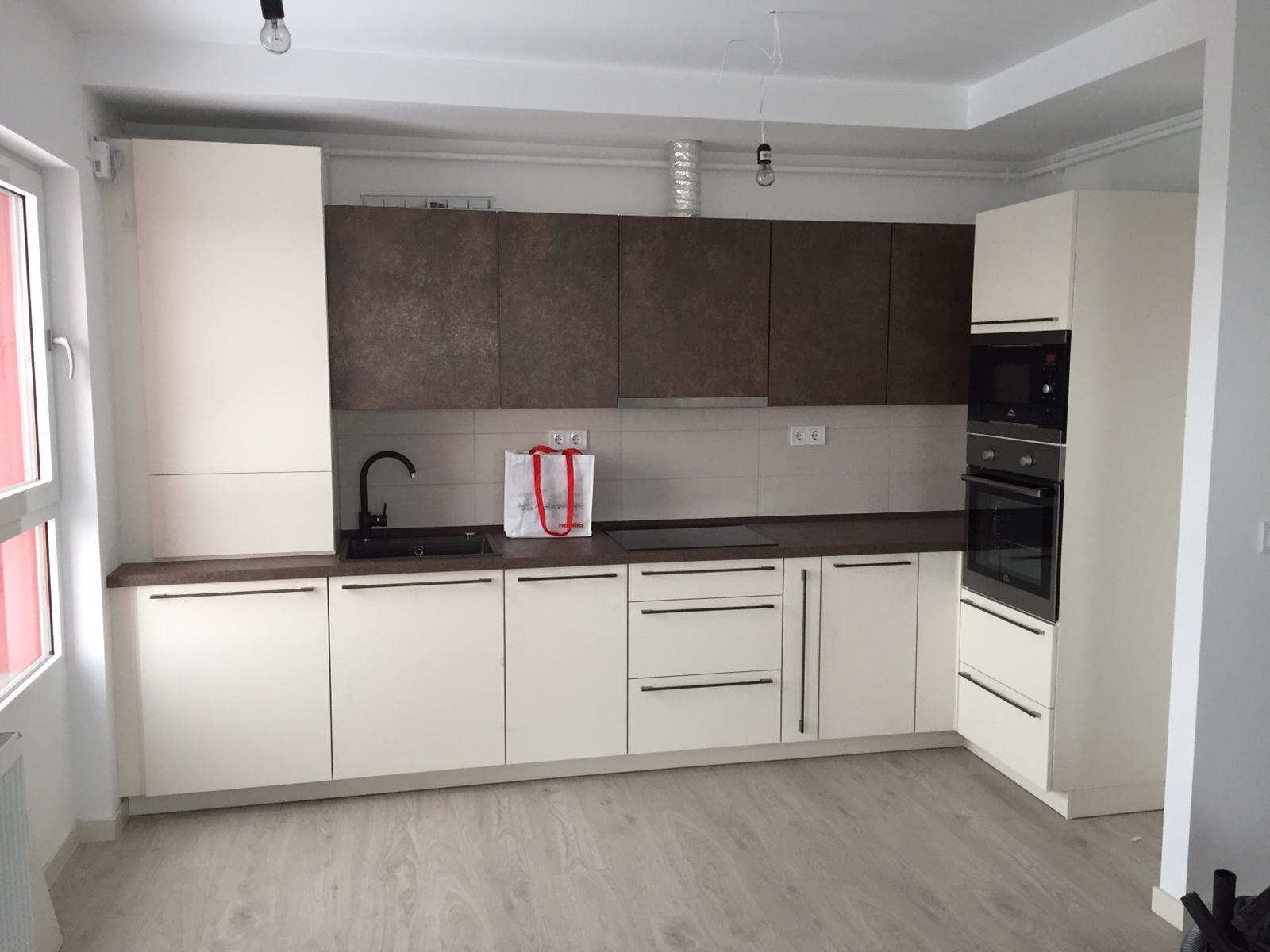 Bucătărie Modernă - Nobilia Speed - Ivory/Ferro Bronze