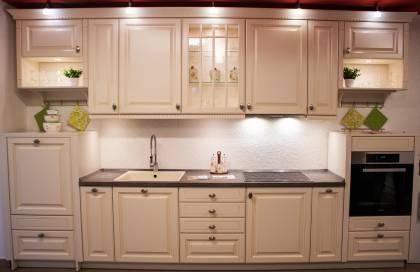 Lichidare - Mobilă de bucătărie Nobilia Castello