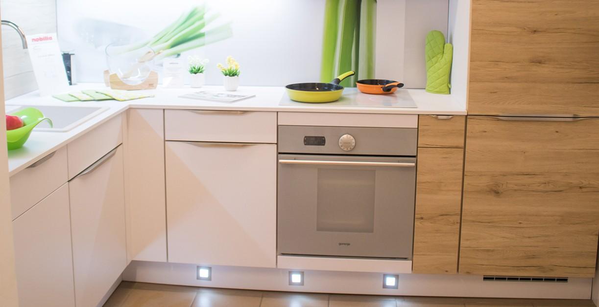 Lichidare - Mobilă de bucătărie Nobilia Speed - Stejar Sanremo