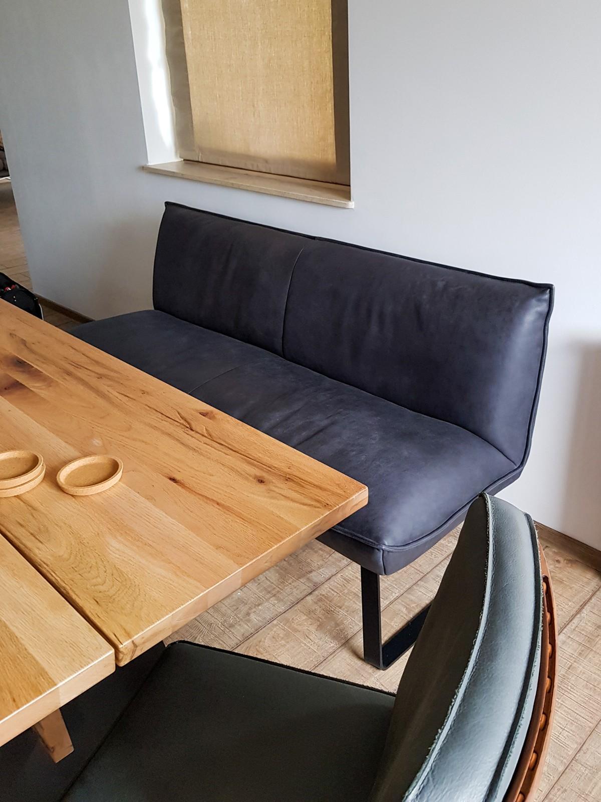 Referință - Mese și scaune moderne Koinor Tingle